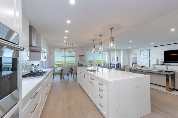 13915 Old Coast Road 1605-print-008-035-Kitchen 2-4200x2804-300dpi